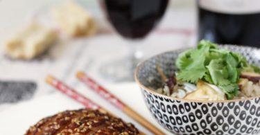 Canard teriyaki au sésame, riz au shiitake, soja et coriandre