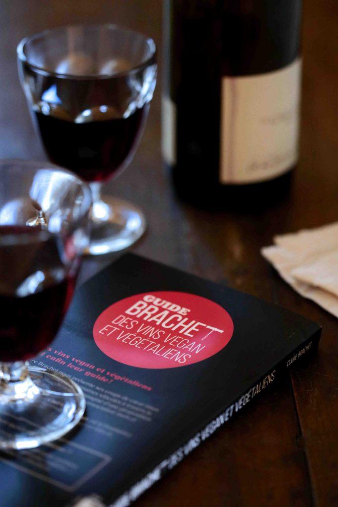 Guide Brachet des vins vegan et végétaliens quatrième de couverture
