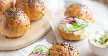 Petits pains au yaourt brassé nature