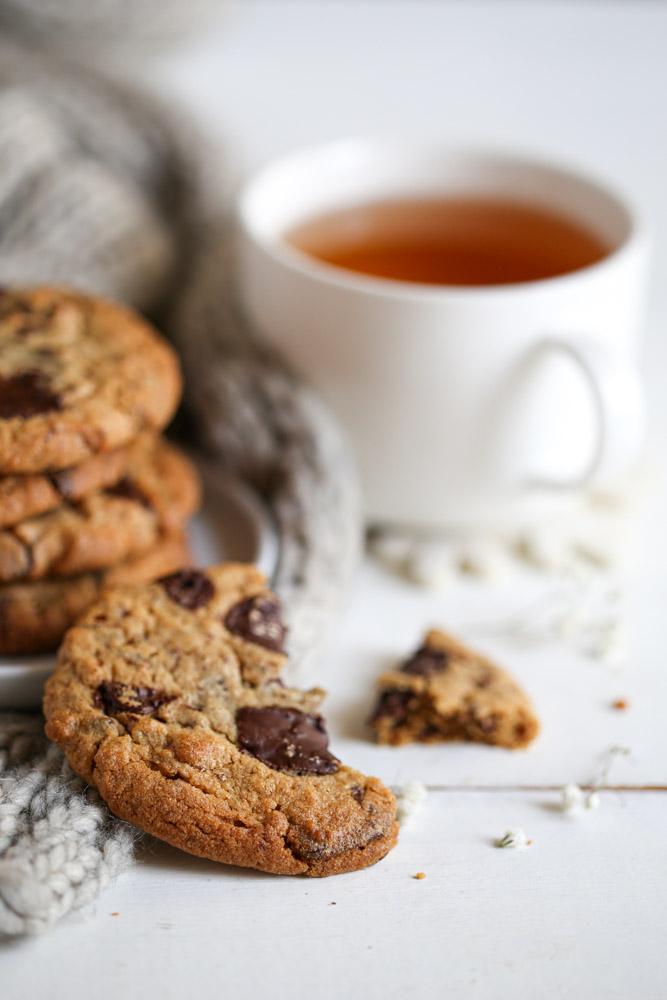 Cookies au chocolat noir et beurre de cacahuètes pour le goûter