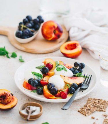 Salade mozzarella-nectarine