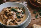 Noix de veau aux champignons de Paris et sauce à la crème
